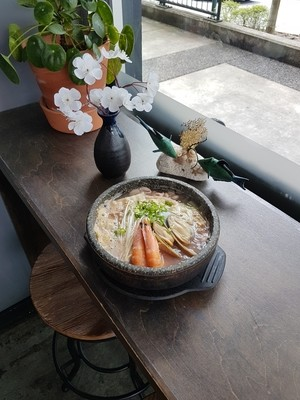 Seafood Nabe with rice