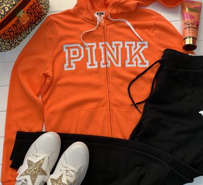 Костюм PINK от Victoria's Secret