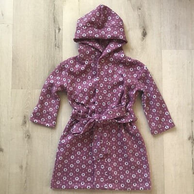 Mauve daisies winter gown