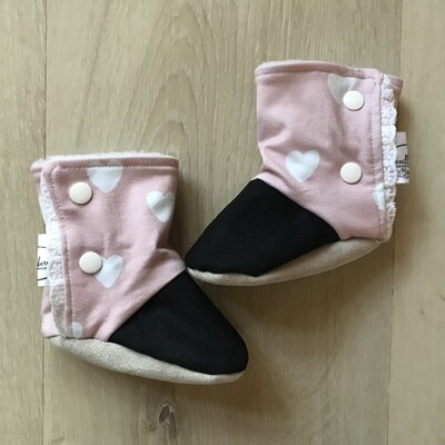 Hearts and lace soft sole boots
