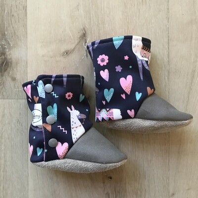 Lovely llamas soft sole boots