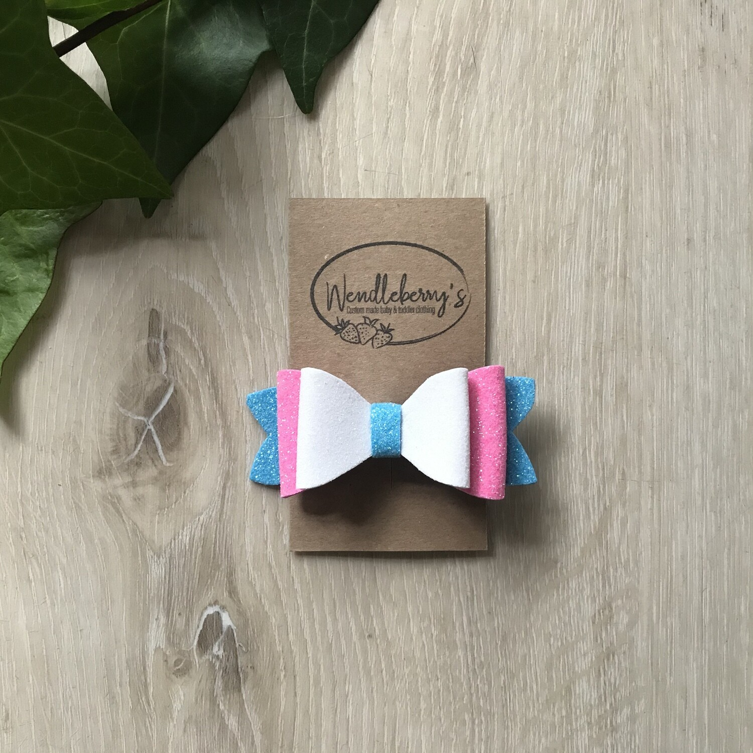 Turquoise, white and pink bow clip