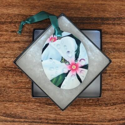 Vinca Ornament