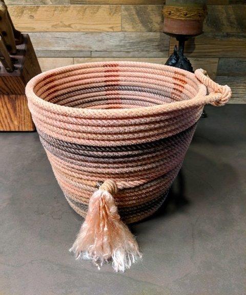 Lariat Basket ~ LB10585