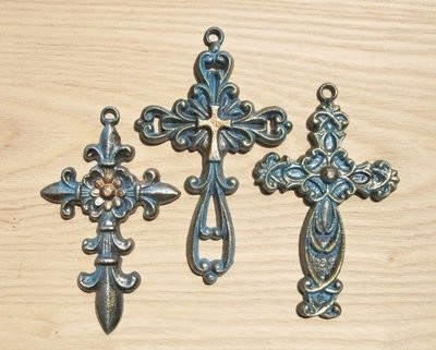 Crosses ~ Set of 3 ~ DRDO1943