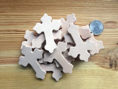 Leather Crosses ~ 25pk ~ LC223