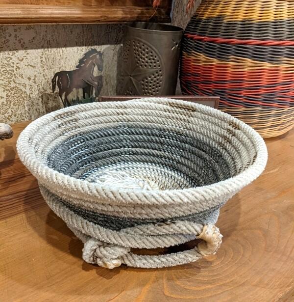 Lariat Basket ~ LB10334