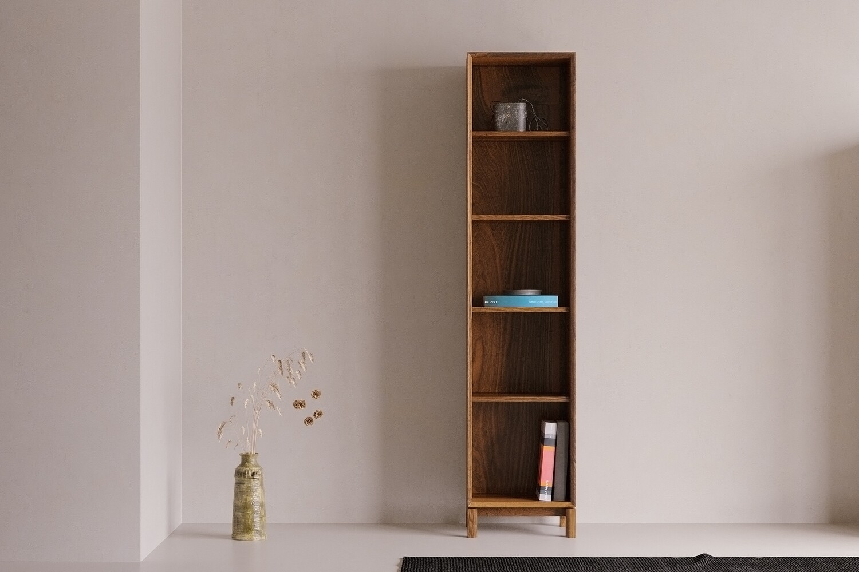 LL05 Bookcase
