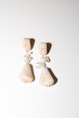 Kylie Natural Earrings