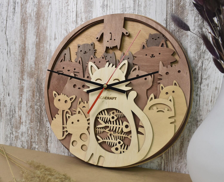Часы настенные деревянные «Котики»