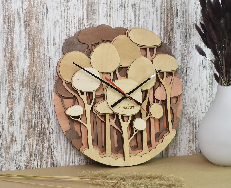 Часы настенные деревянные «Лес»