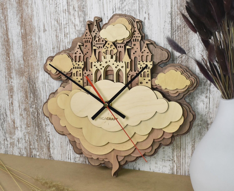 Часы настенные деревянные «Замок в облаках»