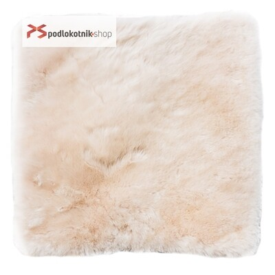 Меховая подушка (квадрат) на автомобильное сидение из натуральной овчины. Цвет БЕЖЕВЫЙ.