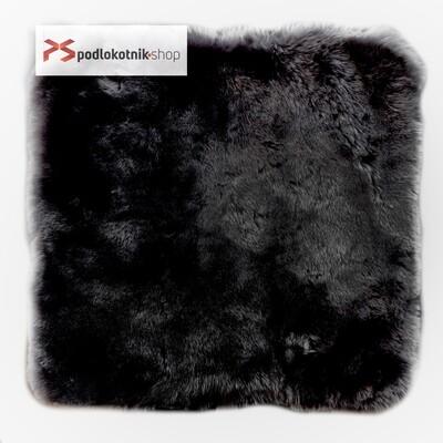 Меховая подушка (квадрат) на автомобильное сидение из натуральной овчины. Цвет ЧЕРНЫЙ.