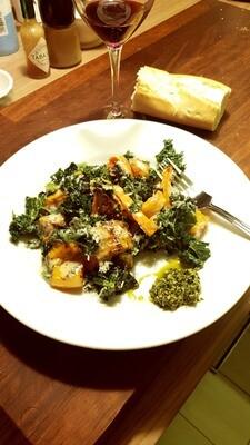 Pumpkin, kale & stilton bake