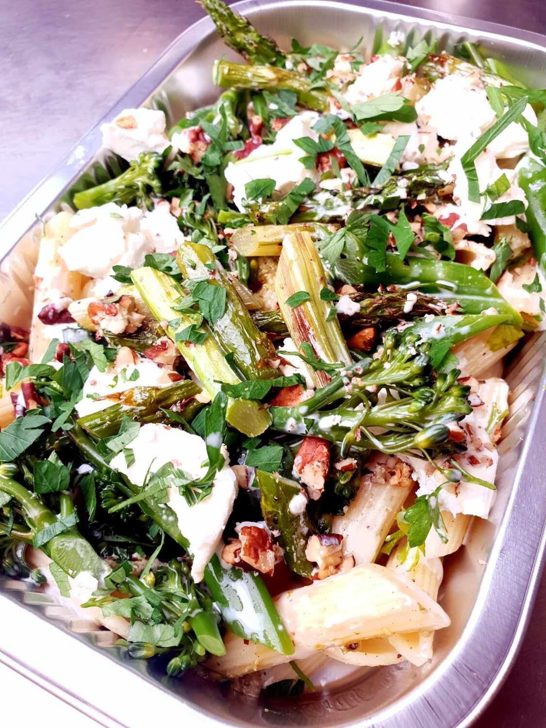 Goats' cheese, pecan, asparagus and tender stem broccoli pasta