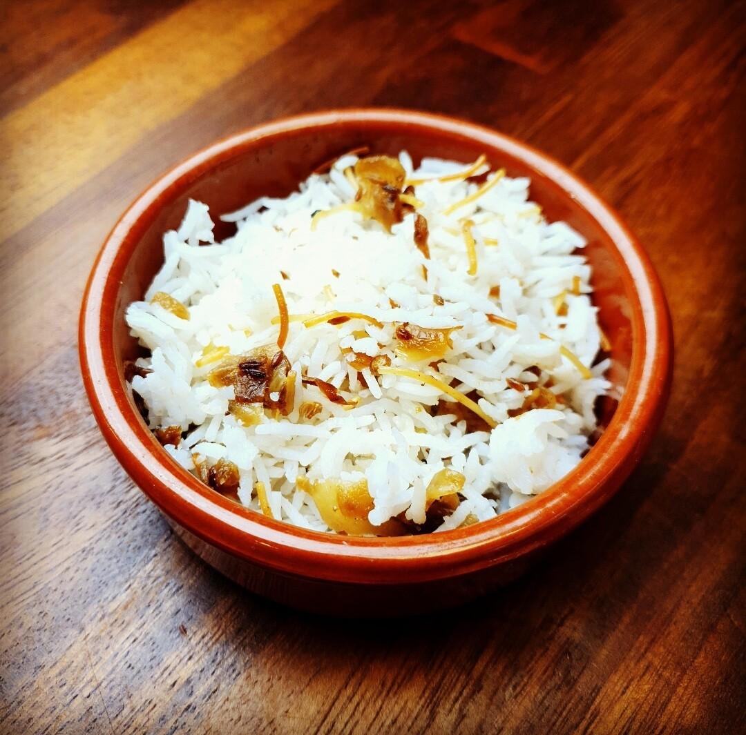 Basmati rice with vermicelli & onion