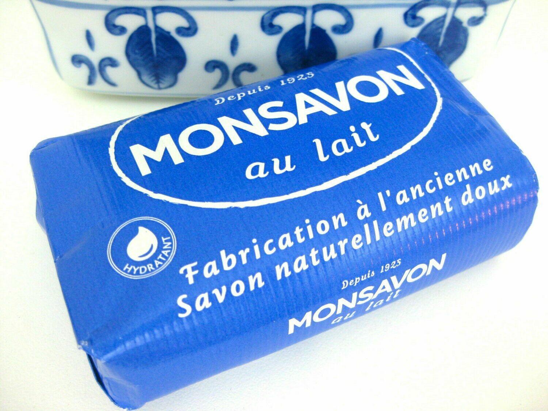 Monsavon AU Lait Mild  soap 200g