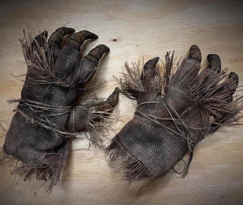 Scarecrow Gloves