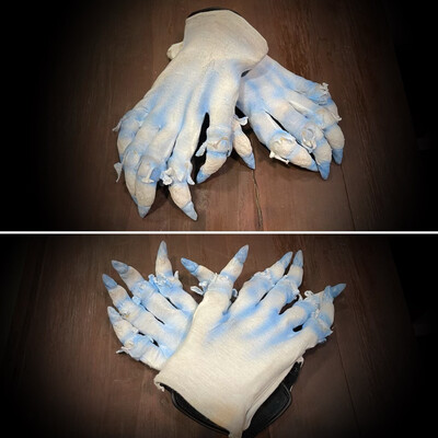 Frosty Gloves