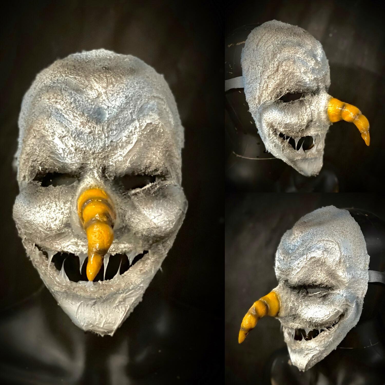 Dirty Frosty Mask