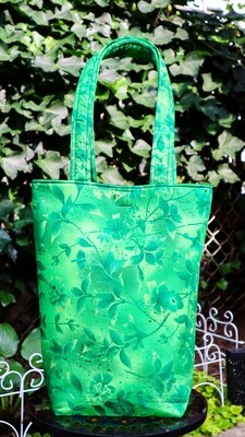 Bright Green Branches Basic Tote