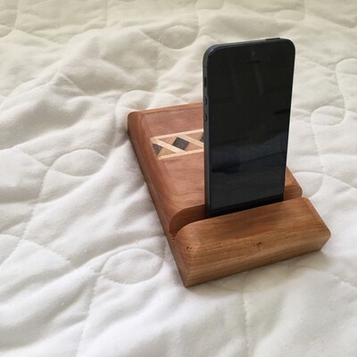 Cell Phone Stand (Cherry)