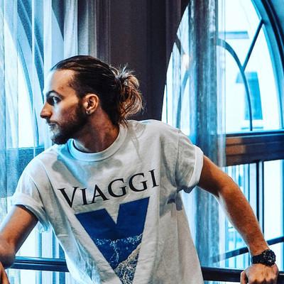 Viaggi Blue V T-shirt