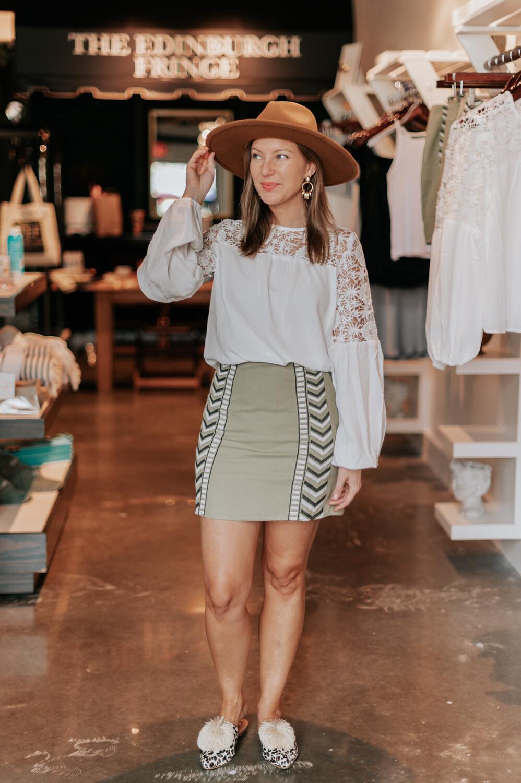 Size: S Desert Fever Embroidered Mini Skirt