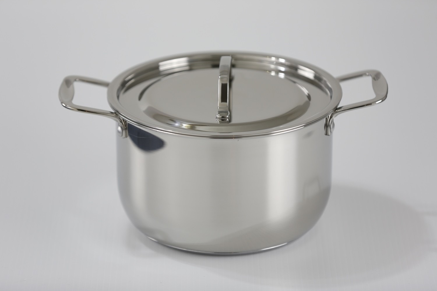SS1 - 8.77 Qt. Stainless Steel tri-ply bottom induction Sauce Pot with cover