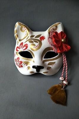 """Lucky Cat"" Mask"