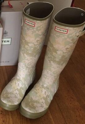 Hunter Boots Tall Fleckam Size 10