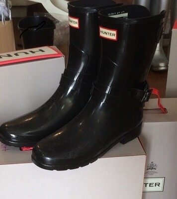 Hunter Boots Short Refined Black Size 9