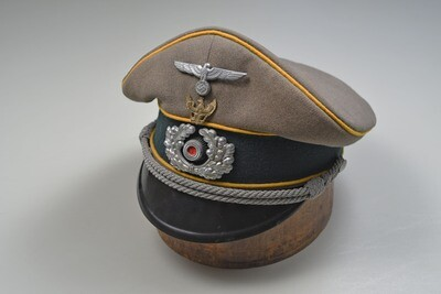 WWII GERMAN CAVALRY OFFICER VISOR CAP w/SCHWEDTER ADLER TRADITIONS INSIGNIA