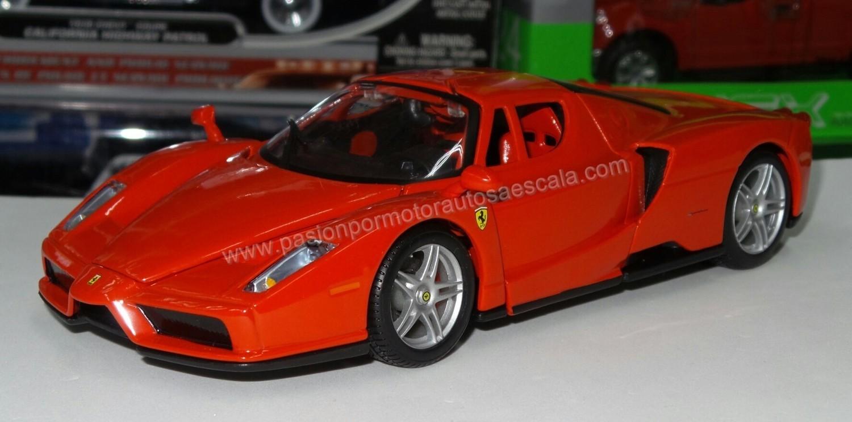 1:24 Ferrari Enzo 2002 Rojo Bburago Race & Play Burago En Display / A Granel