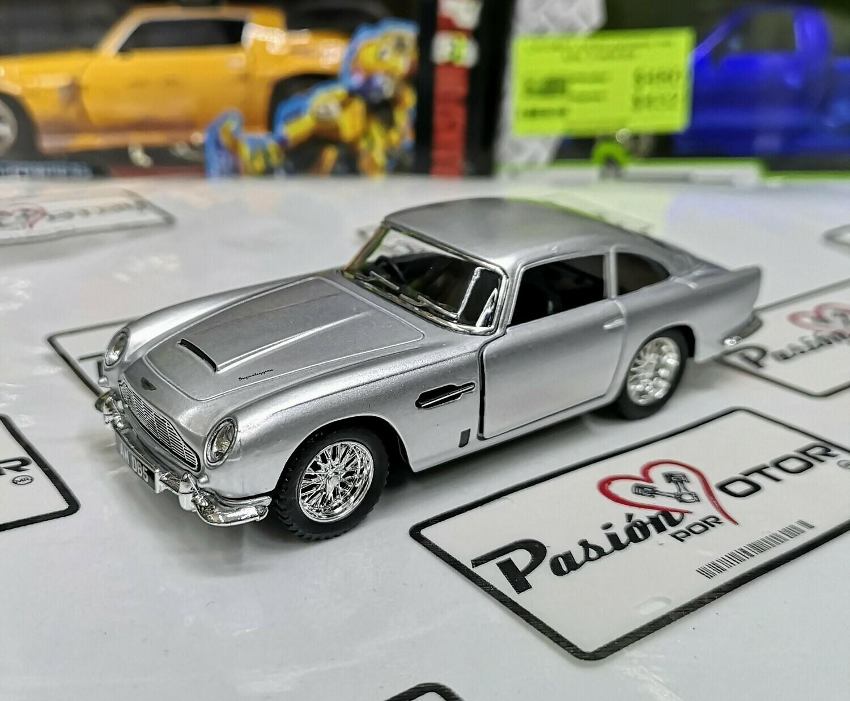 1:38 Aston Martin DB5 1963 Plata Kinsmart En Display a Granel 1:32