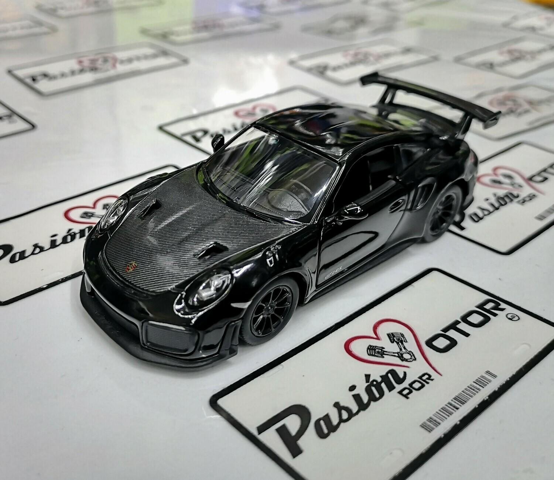 1:36 Porsche 911 GT2 RS 991 2017 Negro Kinsmart En Display a Granel 1:32