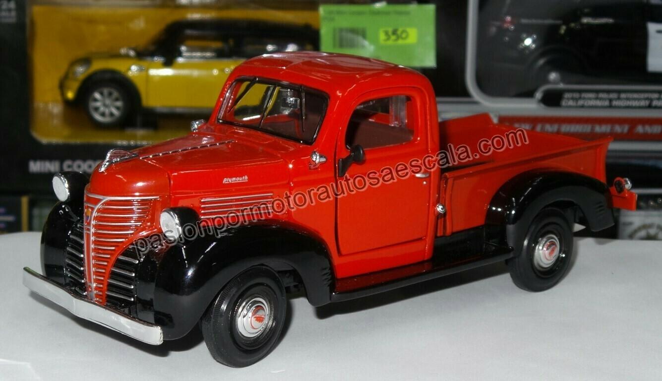 1:24 Plymouth Pick Up 1941 Rojo c Negro Motor Max C Caja