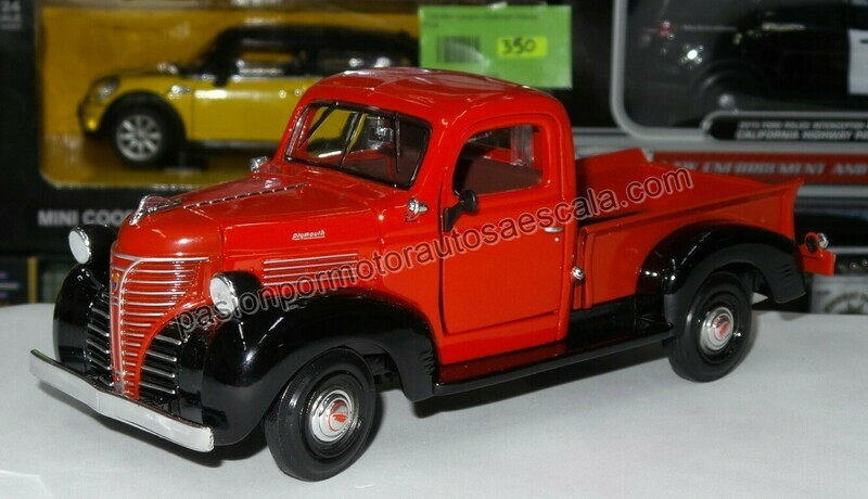 1:24 Plymouth Pick Up 1941 Rojo c Negro Motor Max C Caja