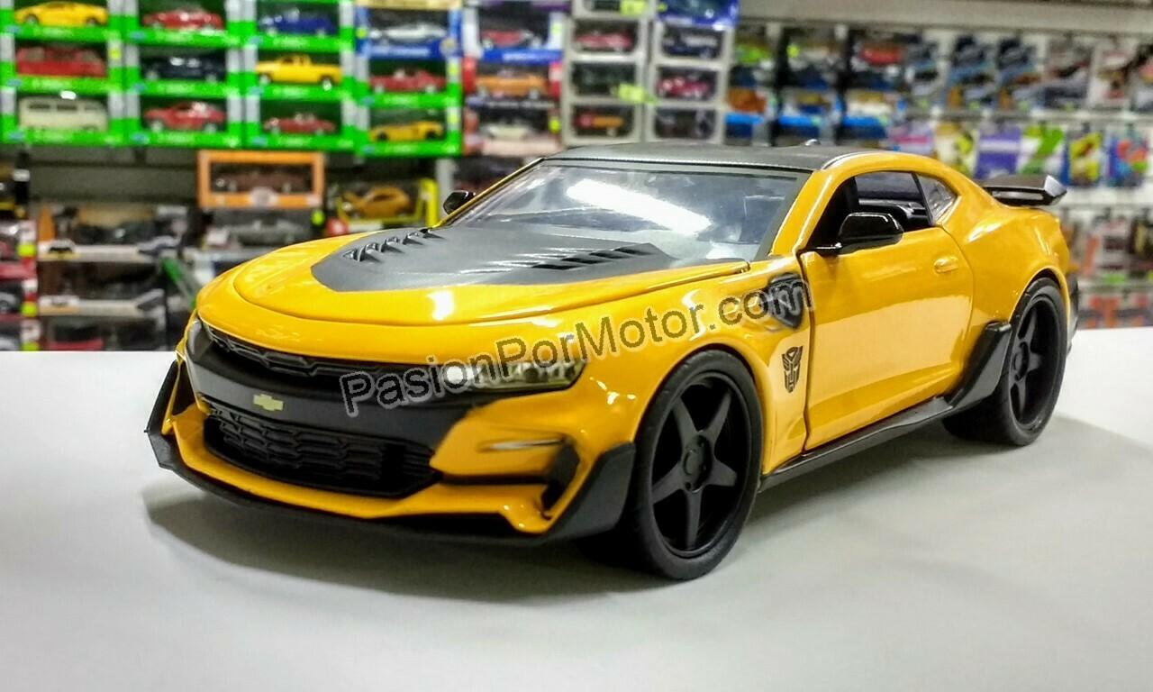 1:24 Chevrolet Camaro 2016 Bumblebee Transformers Last Knight Jada Toys Hollywood Rides En Display / A Granel