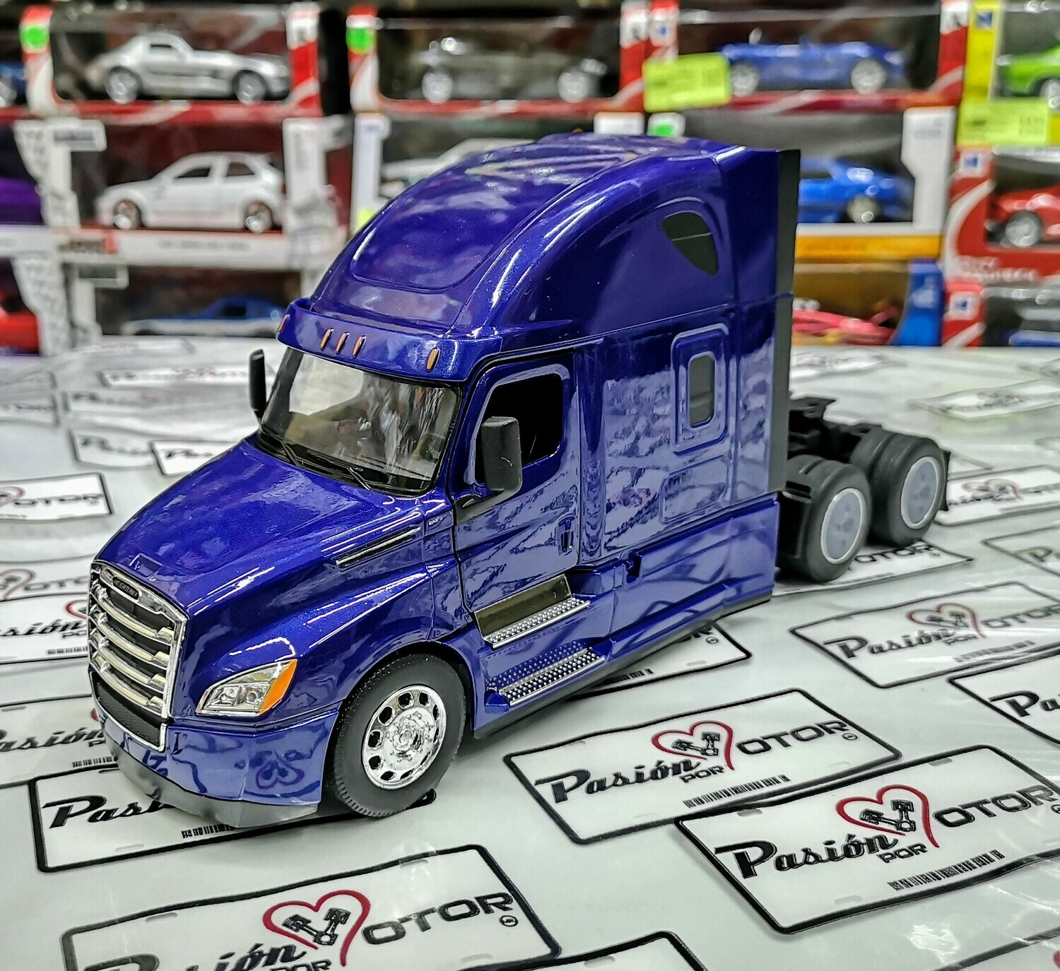 Welly 1:32 Freightliner Cascadia Tractocamion 2018 Azul Transporter Con Caja