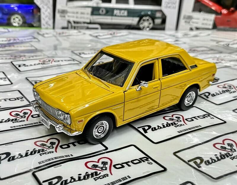 Maisto 1:24 Datsun 510 Coupe 1971 Special Edition Display a Granel