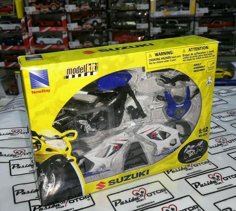 1:12 Suzuki GSX-R1000 2008 Azul y Blanco Moto Kit Para Armar New Ray