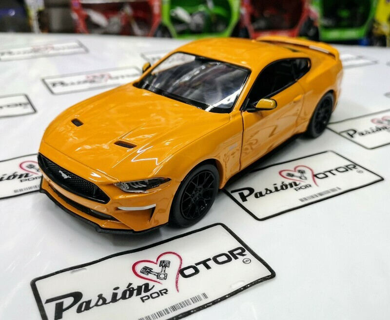 1:24 Ford Mustang GT Coupe 2018 Mostaza Motor Max En Caja