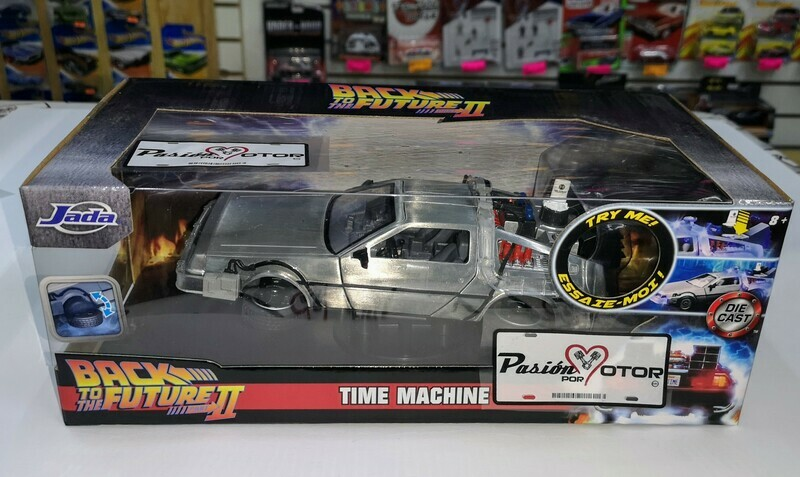 1:24 DeLorean Time Machine Back To The Future II C Luz Jada Toys Hollywood Rides C Caja De Lorean Volver Al Futuro