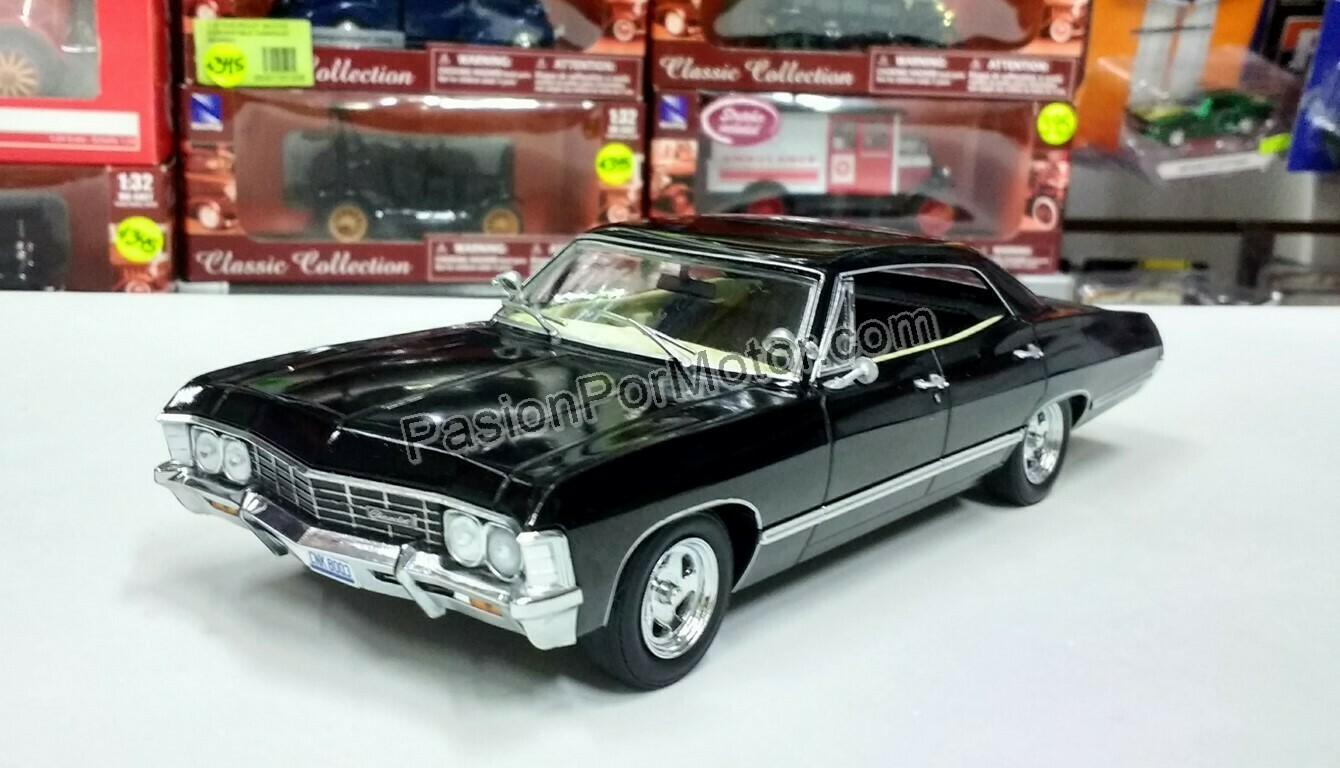 1:24 Chevrolet Impala Sport Sedan 1967 Negro Supernatural  Greenlight