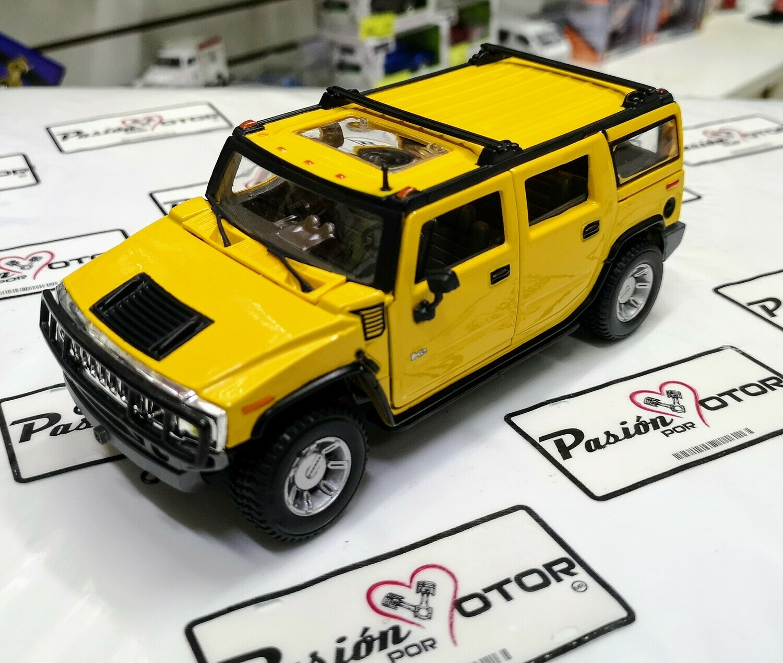 1:27 Hummer H2 SUV 2003 Amarillo Maisto Special Edition En Display / A Granel