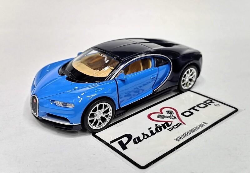 1:34 Bugatti Chiron 2017 Azul c Negro de Welly En Display a Granel 1:32