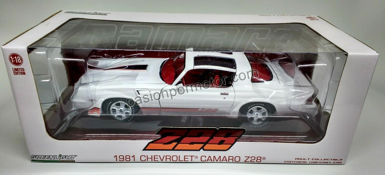 1:18 Chevrolet Camaro Z28 1981 Blanco Greenlight