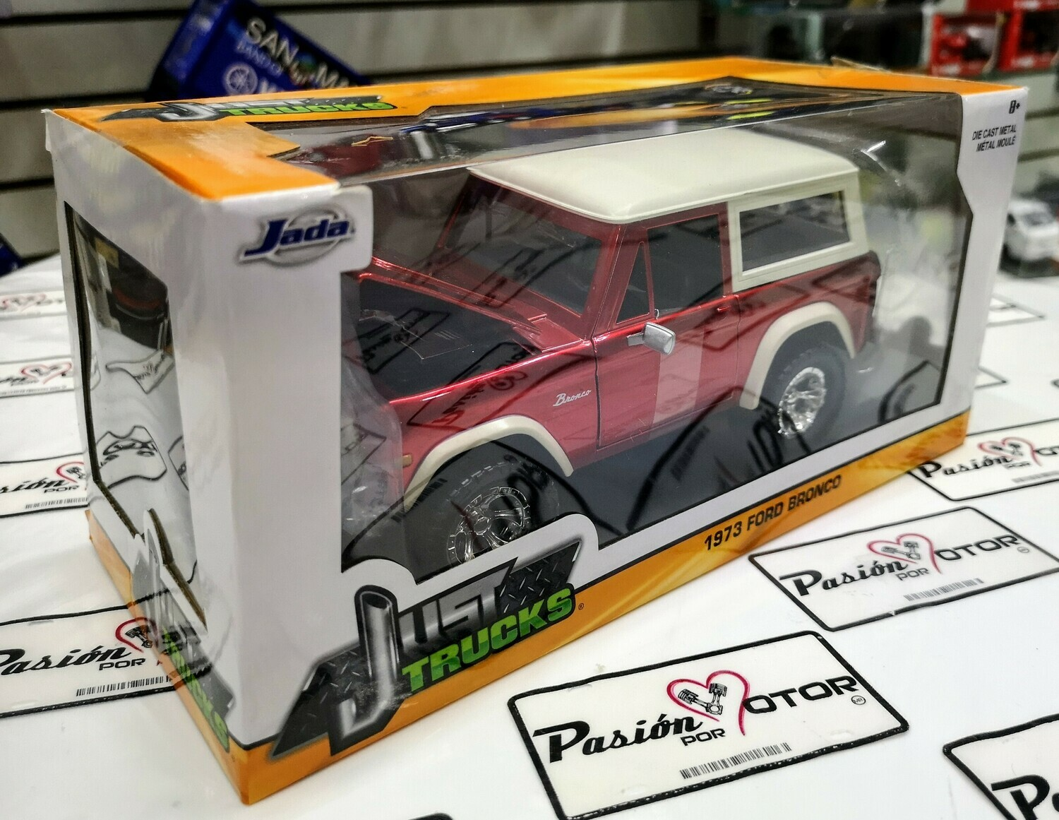 1:24 Ford Bronco 1973 Rojo Candy Jada Toys - Just Trucks En Caja